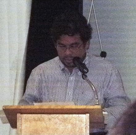Francisco Larios, poeta invitado Recital: Violencia en decibeles
