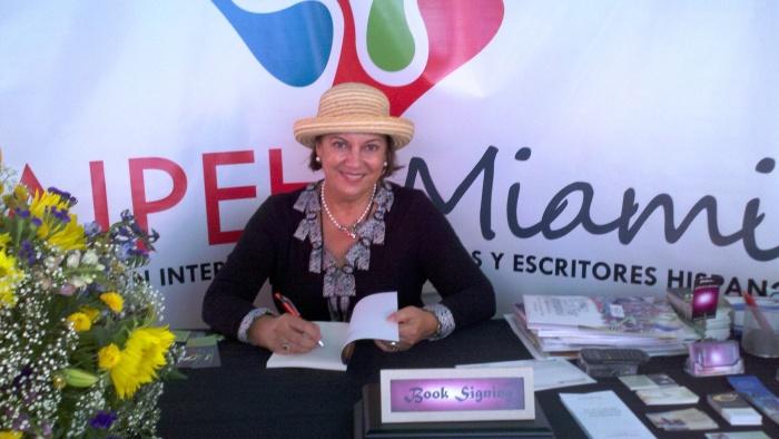 """Madeleine de Cubas, autora del libro """"Un puerto llamado Libertad""""."""