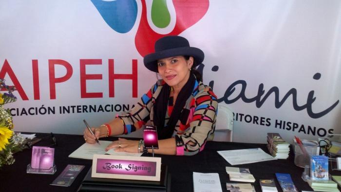 """Margarita Pedrozo Taboada, autora de """"Palabras... Espejo de un recuerdo"""""""