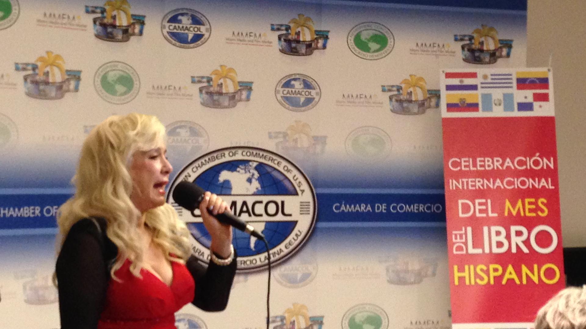 Chari Rocafull cantante invitada