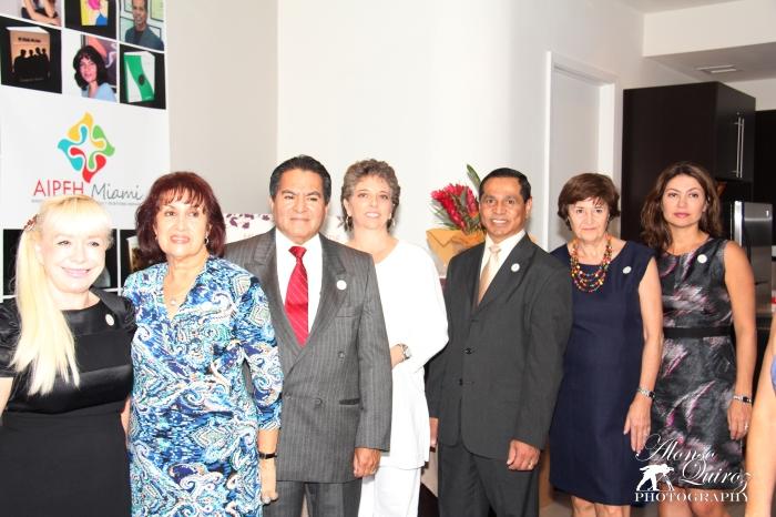 Inauguración de la Celebración del Mes del Libro Hispano 2013 en CAMACOL