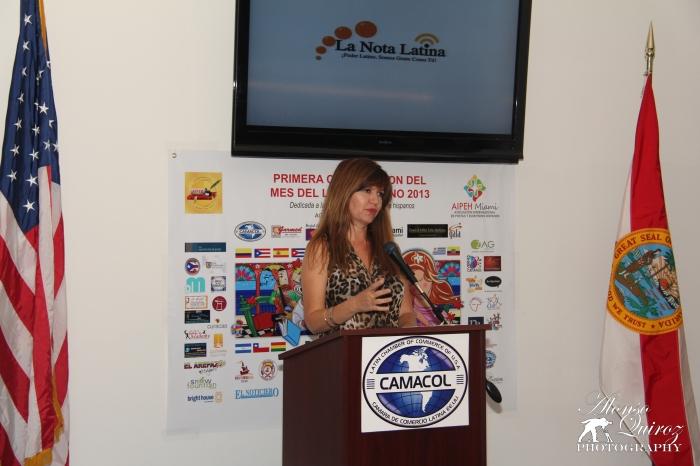 Marybel Torres de la Nota Latina, patrocinador de esta celebración.