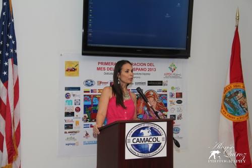 Glenda Galán, Embajadora Internacional del Mes del Libro Hispano
