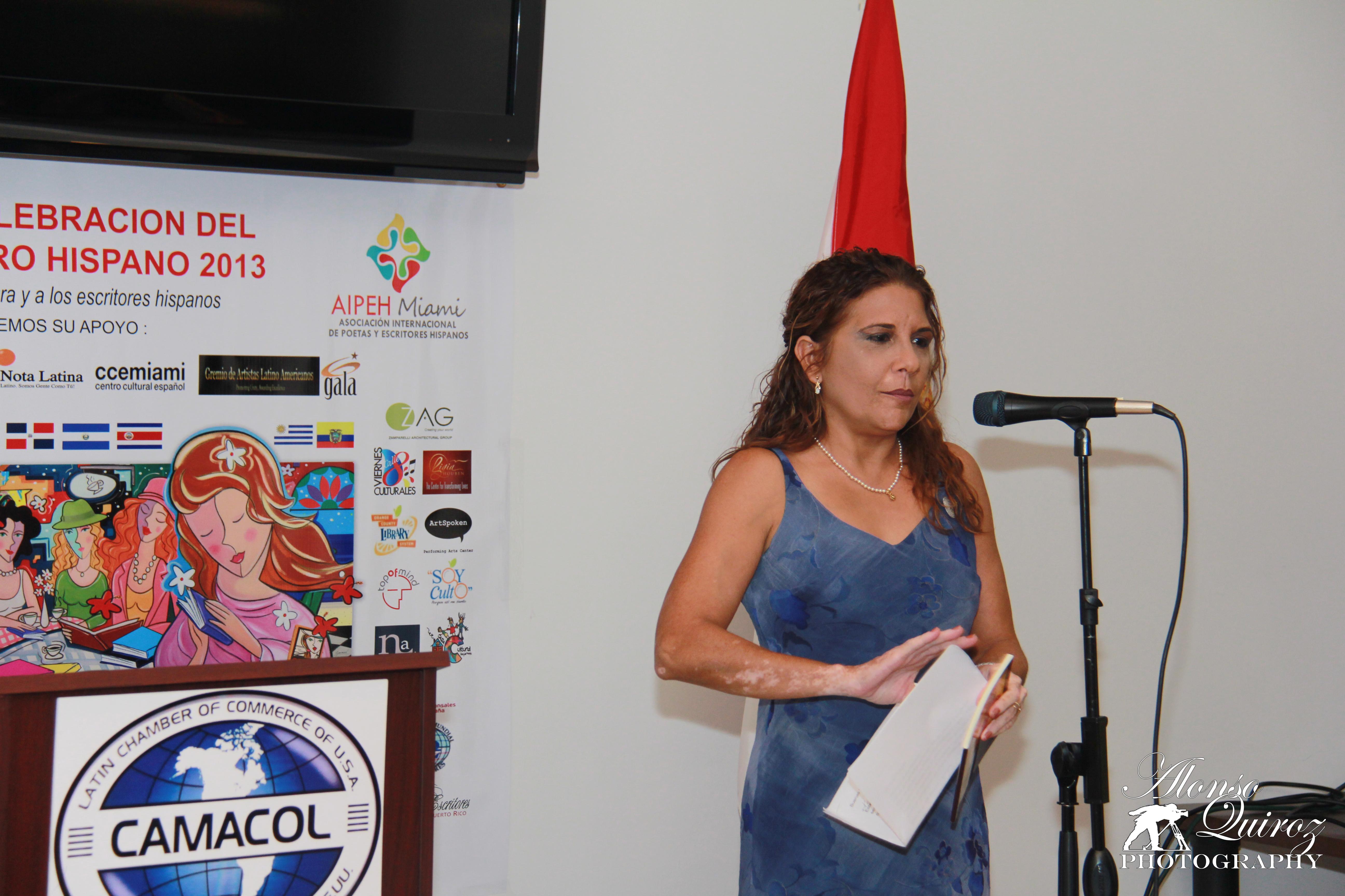 Luisa María Franco, autora de Mujer de ti depende. (Cuba).